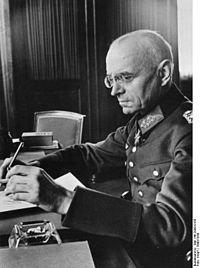 Le baron Alexander von Falkenhausen, gouverneur militaire de la Belgique et du Nord de la France, Das Bundesarchiv, commons.wikimedia.org
