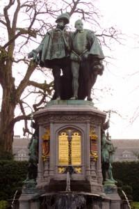 Statue du comte d'Egmont et du comte de Hornes, Petit-Sablon à Bruxelles, Jahoe, commons.wikimedia.org