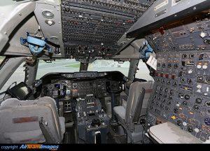 Cockpit du Boeing 747