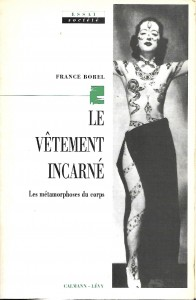 Borel_France_Vetement_incarné