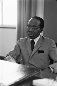 Léopold Sédar Senghor photographié par Roger Pic, source : Bibliothèque nationale de France