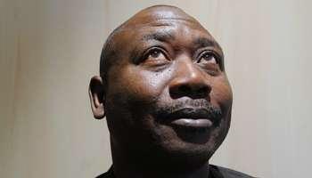 le dramaturge, romancier et poète Nocky Djedanoum, photo de Vincent Fournier, jeuneafrique.com