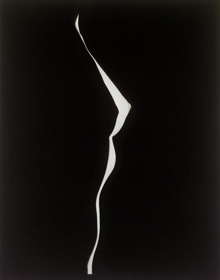 Erwin Blumenfeld, Breast outline, 1948, modernisminc.com