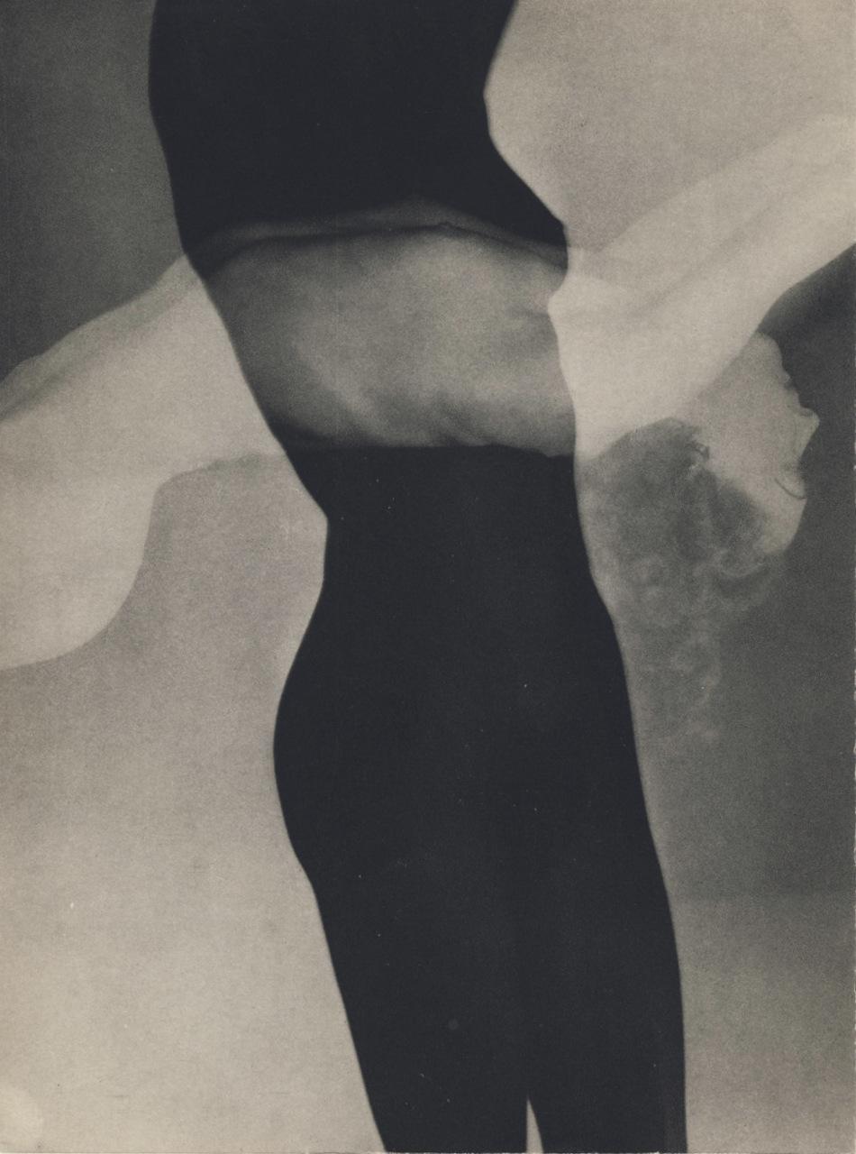 Man Ray, Nu de Maria Benz (Nusch), illustrant le recueil Facile de Paul Éluard